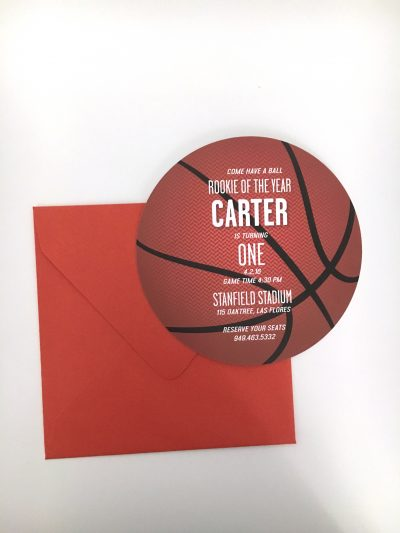 Basketball invitation birthday party. round basketball invitation.
